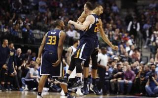 """NBA naktis: """"Warriors"""" sustabdytas J.Hardenas ir monstras R.Gobertas (rezultatai)"""