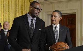B.Obama: LeBronas nepavijo Jordano, bet ir karjeros dar nebaigė