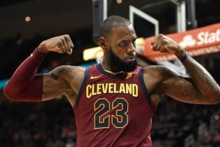 Svarbiausias NBA vasaros klausimas: kur pasuks LeBronas?