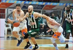 """""""Panathinaikos"""" su L.Lekavičiumi - per žingsnį nuo čempiono titulo apgynimo"""