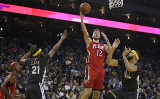 """GSW su grįžusiu K.Durantu pranoko """"Pelicans"""", D.Motiejūnas išnaudojo šansus"""