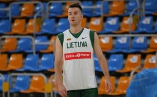 Oficialu: traumuotą L.Lekavičių rinktinėje keičia A.Juškevičius (video)