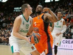 """Eurolyga: """"Žalgiris"""" - """"Valencia Basket"""" 83:79 (vyksta IV kėlinys)"""