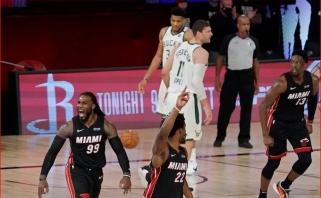 """Graikų antžmogio fiasko: NBA favoritais laikyti """"Bucks"""" trečią kartą nusileido """"Heat"""""""