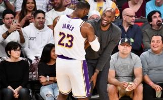 """LeBronas nutempė """"Lakers"""" į NBA viršūnę, """"Warriors"""" nekyla iš dugno (rezultatai)"""