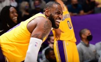"""""""Lakers"""" pradėjo diktuoti sąlygas, """"Bucks"""" – per žingsnį nuo kito etapo, Jokičius atvedė """"Nuggets"""" į pergalę"""