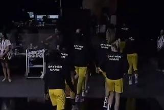 Dviejų WNBA komandų žaidėjos paliko aikštelę himno atlikimo metu