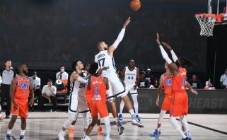 """Solidžiai žaidęs J.Valančiūnas išjudino """"Grizlius"""" ir šventė pirmą pergalę NBA burbule"""