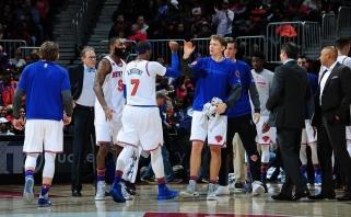 """To dažnai neišvysi: """"Knicks"""" su M. Kuzminsku žaidė net keturis pratęsimus"""