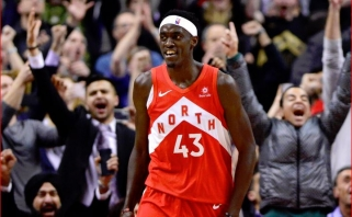 "NBA naktis: šaltakraujiškas Siakamo metimas su sirena išplėšė ""Raptors"" pergalę"