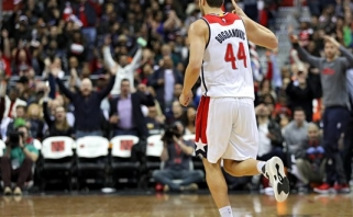 NBA naktis: keturi fantastiški trileriai, pažymėti lemiamų metimų gausa