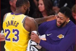 """""""Pelicans"""" nesutinka iškeisti A.Davieso į """"Lakers"""" net pastariesiems gavus ketvirtąjį šaukimą"""