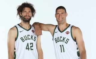 """R.Lopezas ilgėsis visų """"Bucks"""" žaidėjų, tik ne brolio dvynio Brooko"""