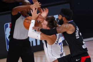 """Dončičiaus sezono pabaiga paženklinta emocijomis; """"Nuggets"""" išplėšė lemiamas rungtynes"""