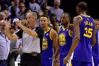 """NBA: dar nežaidžiantis M.Kuzminskas, čempionų nesėkmė ir sutriuškinti """"Cavs"""""""