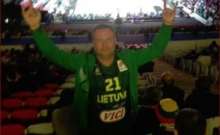 Pasaulio čempionate Kinijoje sirgaliui baigėsi nelaime: prašoma pagalbos