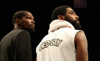 """K.Durantas - tarp keturių koronavirusu užsikrėtusių """"Nets"""" žaidėjų"""