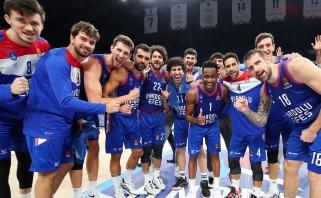 """Turkijos grandų dvikovoje """"Anadolu Efes"""" įveikė Ulanovo klubą"""