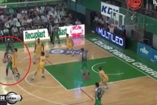 """Po fantastiško perdavimo per nugarą žaidėjas """"apkaltino"""" M.Teodosičių"""