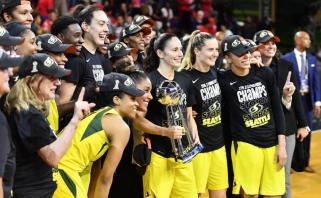 Moterų NBA superfinale - rekordinė tritaškių audra ir Sietlo ekipos triumfas