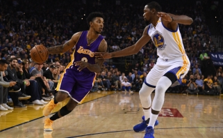 N.Youngas pereis į NBA čempionų komandą (video)