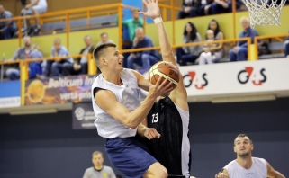"""""""Neptūnas"""" įveikė Ukrainos čempionus, E.Dimša patyrė traumą"""