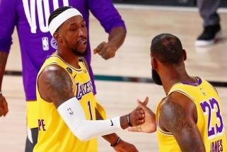 """L.Jamesas: K.Caldwellas-Pope'as idealiai tinka """"Lakers"""", ir jis tai žino"""