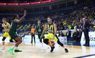 """""""Fenerbahče"""" mačo pabaigoje palaužė išsišokėlius ir iškovojo Turkijos taurę"""
