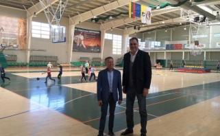 Domimasi krepšinio plėtra Radviliškyje ir Telšiuose
