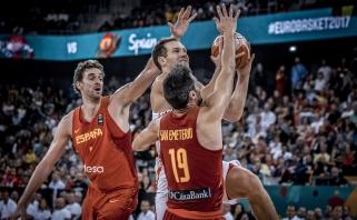 Čempionai ispanai išvargo pergalę prieš kroatus (video)