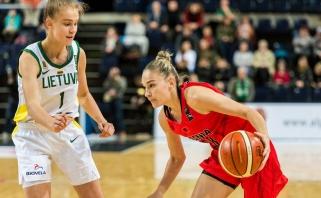 J.Jocytei rankos nedrebėjo: taiklus buvo jau pirmas jos metimas Lietuvos moterų rinktinėje