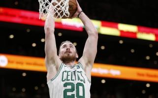"""Naują lyderį radę """"Celtics"""" pranoko Dončičiaus """"Mavericks"""", Nowitzki šaudė pro šalį"""