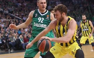 """Trys NBA klubai rimtai domisi Italijos rinktinės ir """"Fenerbahce"""" puolėju N.Melli"""