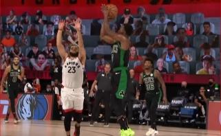 """""""Celtics"""" lyderių metimai su sirena - gražiausi NBA nakties momentai"""