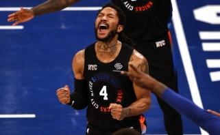 """""""Knicks"""" dovanojo šventę Niujorkui, """"76ers"""" įpusėjo kelionę kito etapo link"""