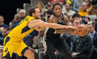 """""""Spurs"""" domisi B.Bogdanovičiumi bei gali atsisveikinti su lyderiu D.DeRozanu"""