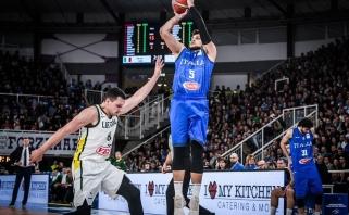 Prieš Lietuvos rinktinę vėl stosiantis A.Gentile iškeikė Italijos krepšinį