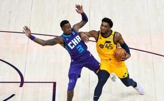 """NBA lyderiai """"Jazz"""" dominavimą pratęsė 28 tritaškiais į """"Hornets"""" krepšį (rezultatai)"""