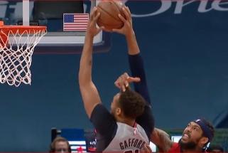 Jokičiaus perdavimas per nugarą ir Gaffordo dėjimas su pražanga – NBA Top 10 viršūnėje