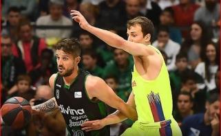 """Netikėtumas Ispanijoje: lygos lyderė """"Barcelona"""" krito Badalonoje"""