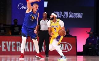 """Be intrigos: Davisas dominavo prieš Jokičių, """"Lakers"""" - prieš """"Nuggets"""" (Rondo aplenkė MJ)"""