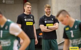 """M.Grigonis ir T.Walkupas įkvėpė """"One Team"""" jaunimą siekti savo tikslo"""