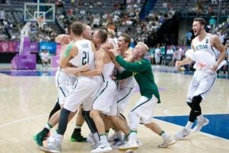 Lietuva įveikė JAV rinktinę ir tapo universiados čempione!