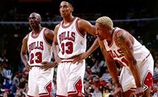 """D.Rodmanas: """"Aš, Michaelas ir Scottie lengvai susitvarkytumėm su LeBronu"""""""
