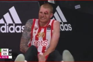 """Buvęs žalgirietis pasruvo krauju ir patyrė traumą, o jo klubas sutriuškino """"Panathinaikos"""""""