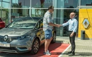 "A.Sabonis vėl sėdo prie ""Renault Espace"" vairo"
