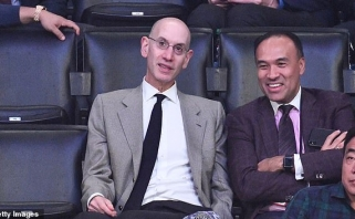 Dėl koronaviruso pristabdytoje NBA lygoje - vadovų algų susimažinimas