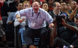 S.Balmeris lieka turtingiausiu JAV sporto klubų savininkų, dar 6 NBA komandų savininkai - 20-uke