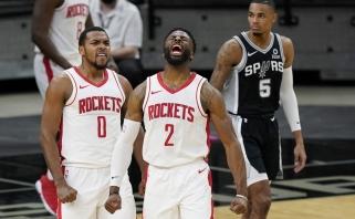 """Nėra Hardeno – yra pergalė: komandiškai žaisti pradėję """"Rockets"""" palaužė """"Spurs"""" (rezultatai)"""
