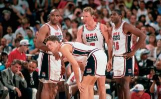 """Pamirštas turnyras ir nematyti kadrai: kaip dėl olimpinio kelialapio kovojo legendinė JAV """"Svajonių komanda"""""""